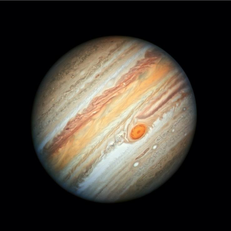 Jupiter mit seinem roten Fleck